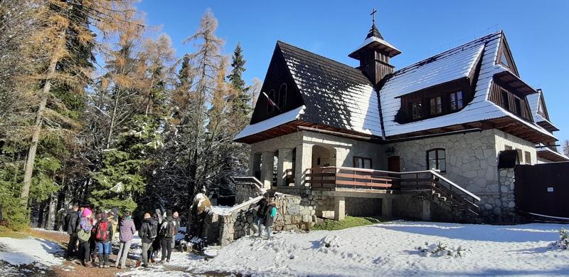 Pustelnia św. Brata Alberta na Kalatówkach zimą